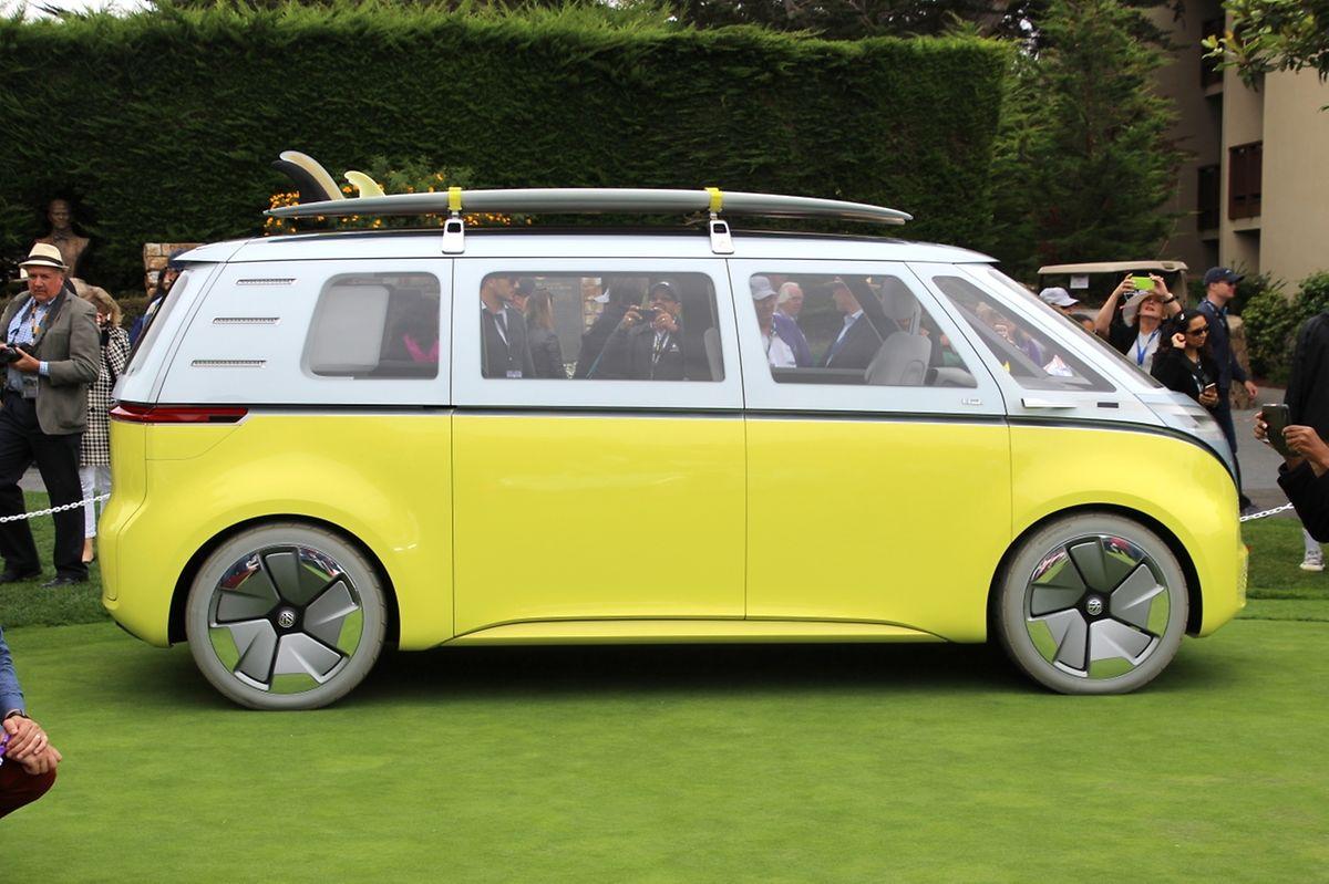 Aus Bus wird Buzz: Auf der Veranstaltung verkündete VW den Serienstart des elektrischen IDBuzz, der ab 2022 auf den Markt kommen soll.