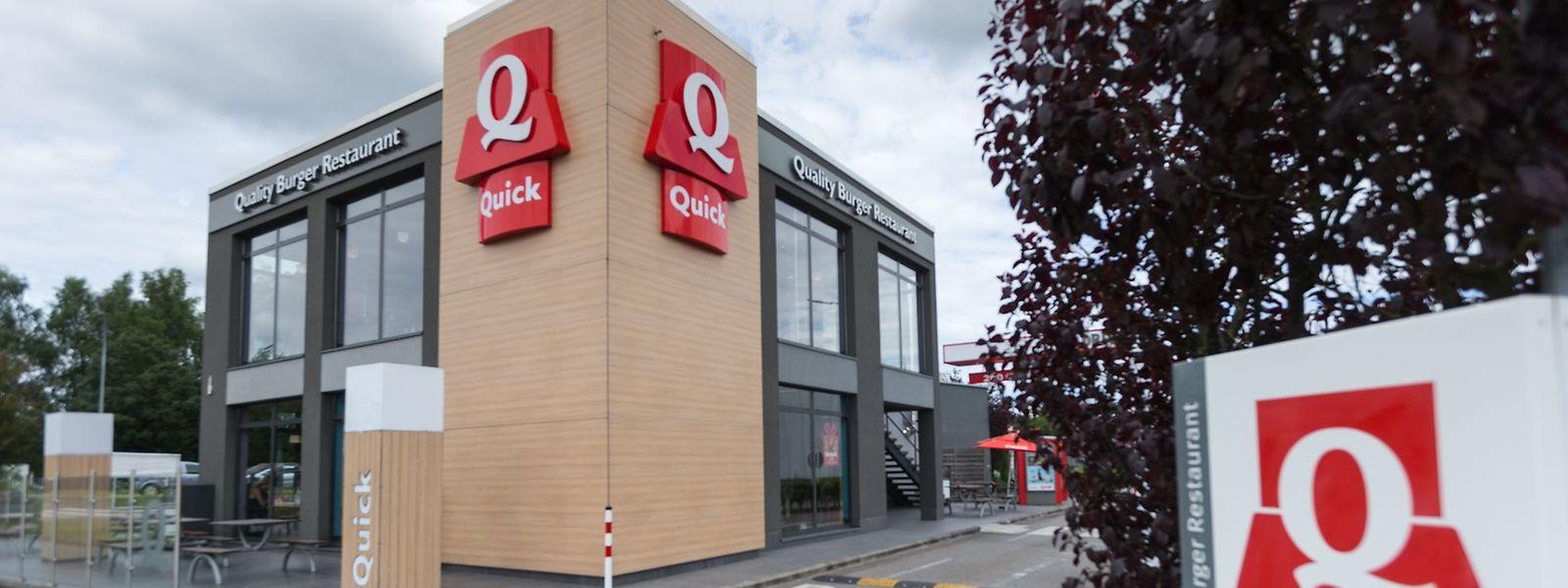 Im Juli hieß es, alle luxemburgischen und belgischen Quick-Filialen sollten sukzessive in Burger King-Filialen umgewandelt werden.