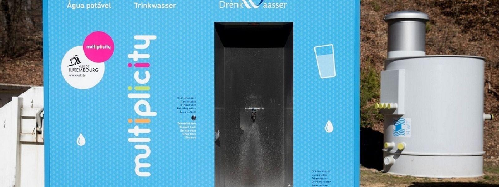 Auf öffentlichen Plätzen, bei Festen oder in der Fußgängerzone: Wasserspender sollen die Bevölkerung auf den Geschmack von Leitungswasser bringen.