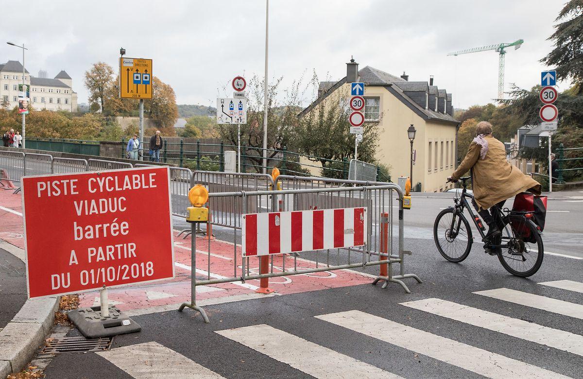 Die Radfahrer müssen während der Bauphase Umleitungen in Kauf nehmen.