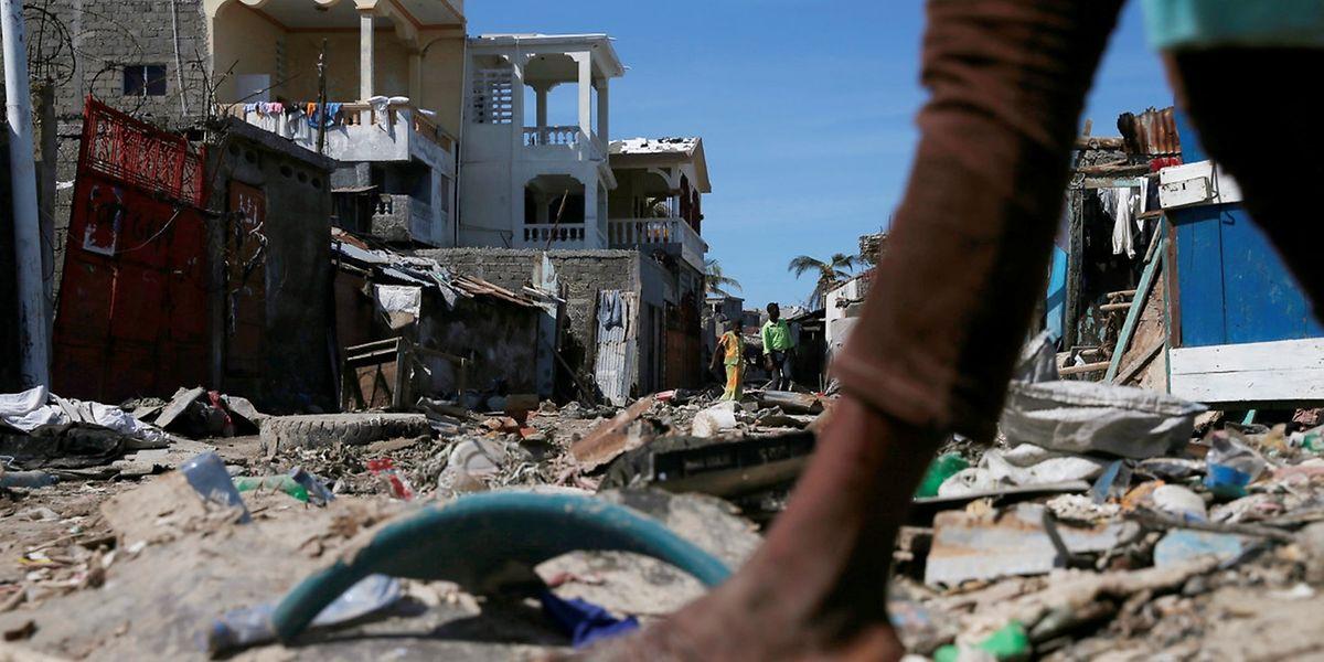 """Trümmer soweit der Blick reicht: Haiti wurde von Hurrikan """"Matthew"""" verwüstet."""