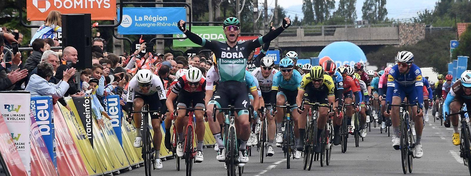 En Auvergne ce mardi, Sam Bennett (Bora-Hansgrohe) a remporté sa septième victoire de la saison.