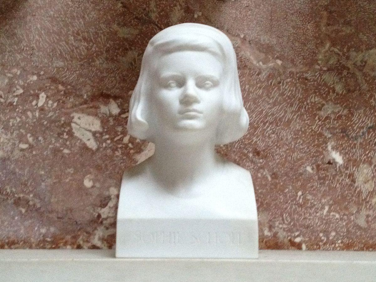 Büste von Sophie Scholl in der Gedenkstätte Walhalla.
