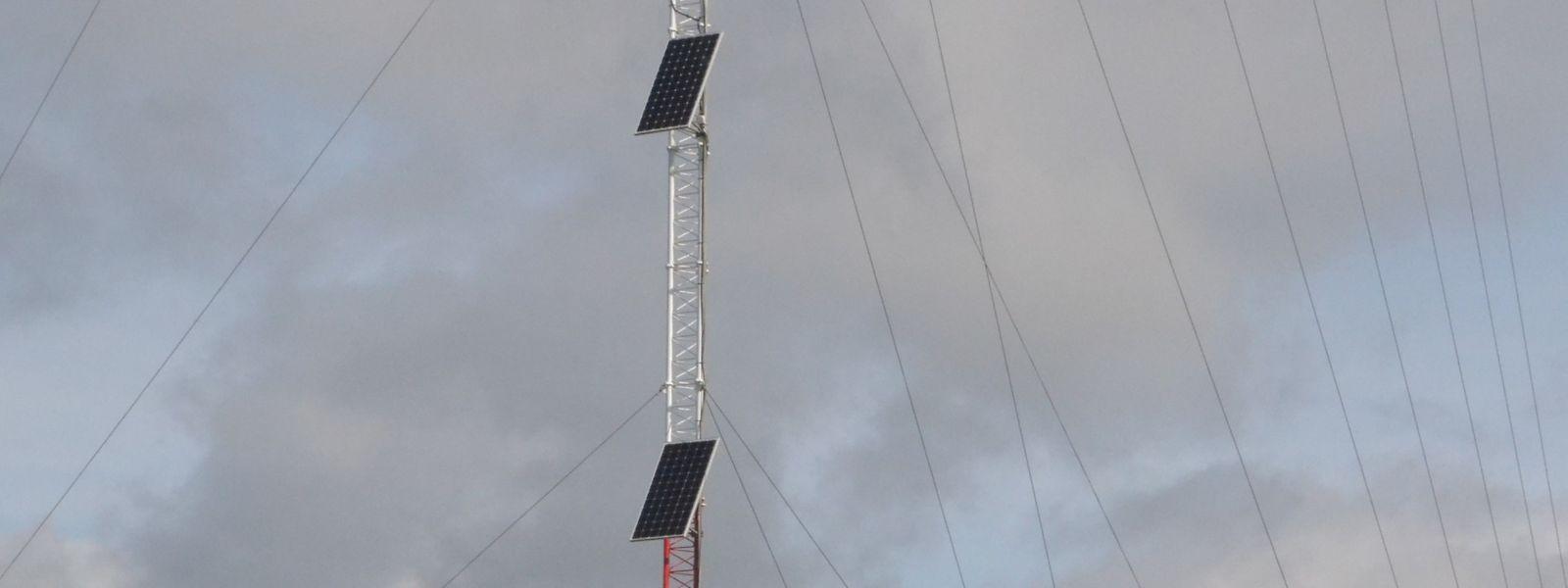 Pendant un an, ce mât installé sur la colline près de Mersch, collectera les données concernant le vent.