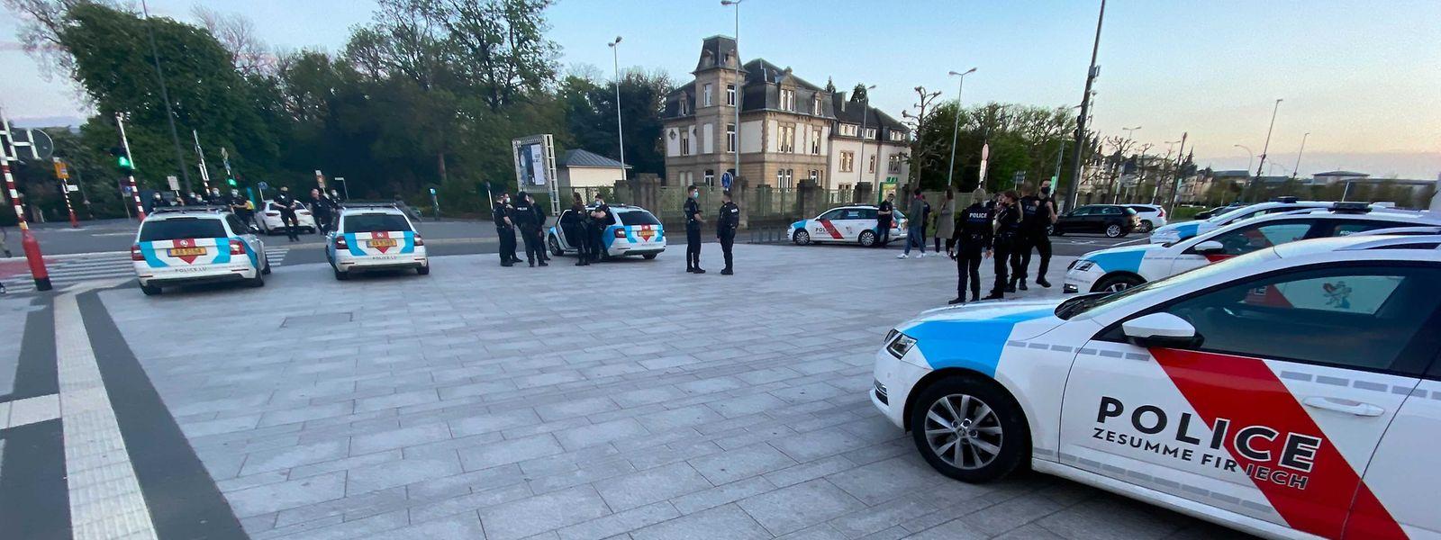 Le déploiement de police était bien visible aux abords du parc de la capitale.