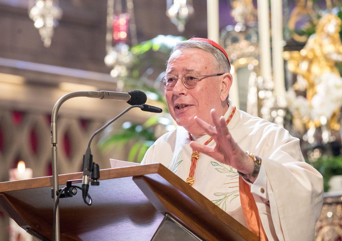 Kardinal Hollerich kritisierte, dass das Erzbistum noch keine Rückmeldung auf sein Schutzkonzept bekommen habe.