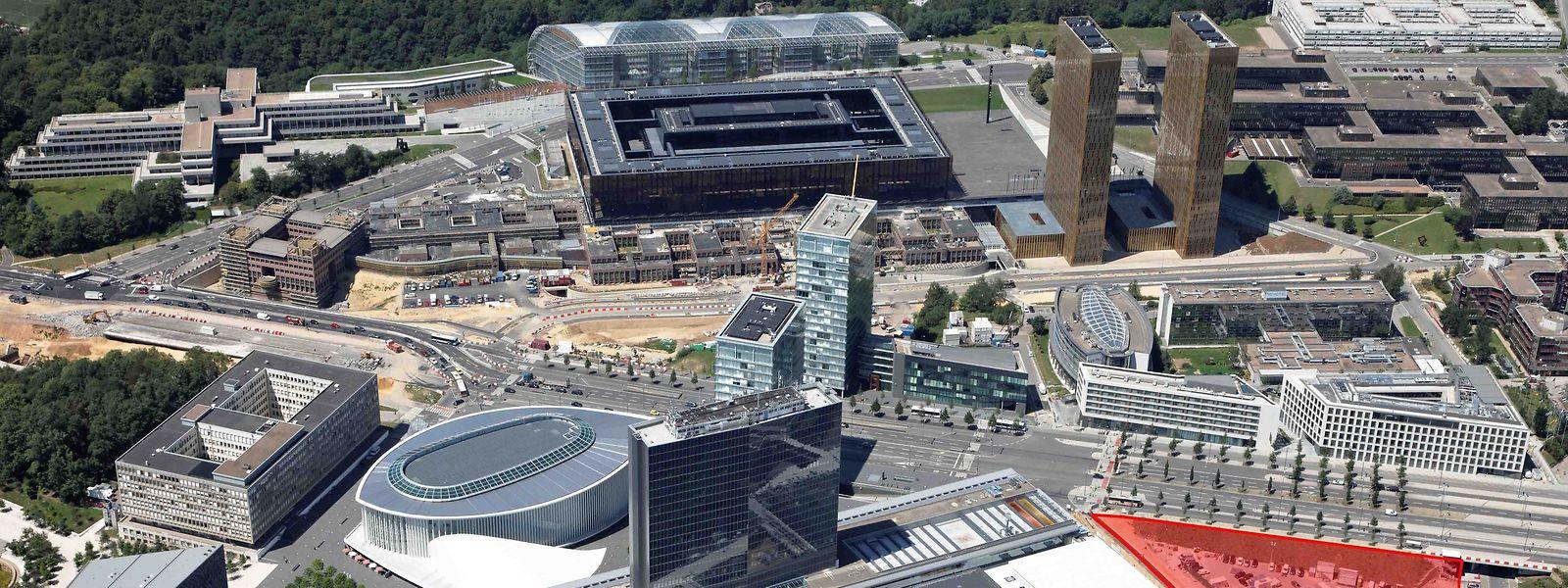 Le nouveau siège mondial d'ArcelorMittal doit être construit sur la surface colorée en rouge sur cette photo, juste à côté du European Convention Center Luxembourg (ECCL).
