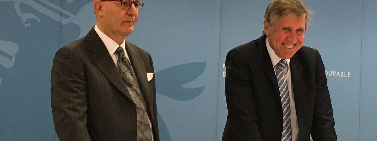 Nachhaltigkeitsminister François Bausch präsentierte am Montag den neuen Eigentümer von Luxair. An seiner Seite befindet sich Giovanni Giallombardo, Mitglied im Delfin-Verwaltungsrat.