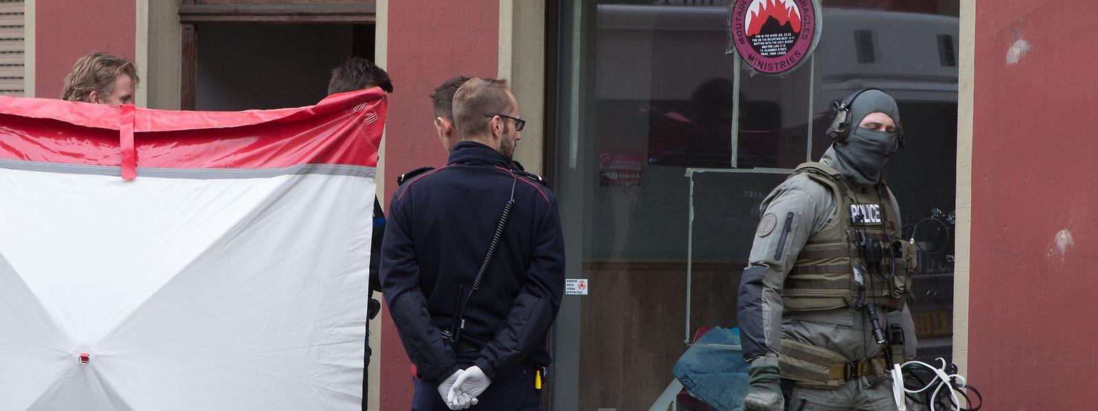 """Bei der Razzia im """"G33""""-Haus in Wasserbillig – das nach außen den Eindruck eines Sektenzentrums aufrecht erhielt – wurden am 27. Oktober 2015 rund 50 Personen festgenommen. 21 davon stehen jetzt in zweiter Instanz vor Gericht."""