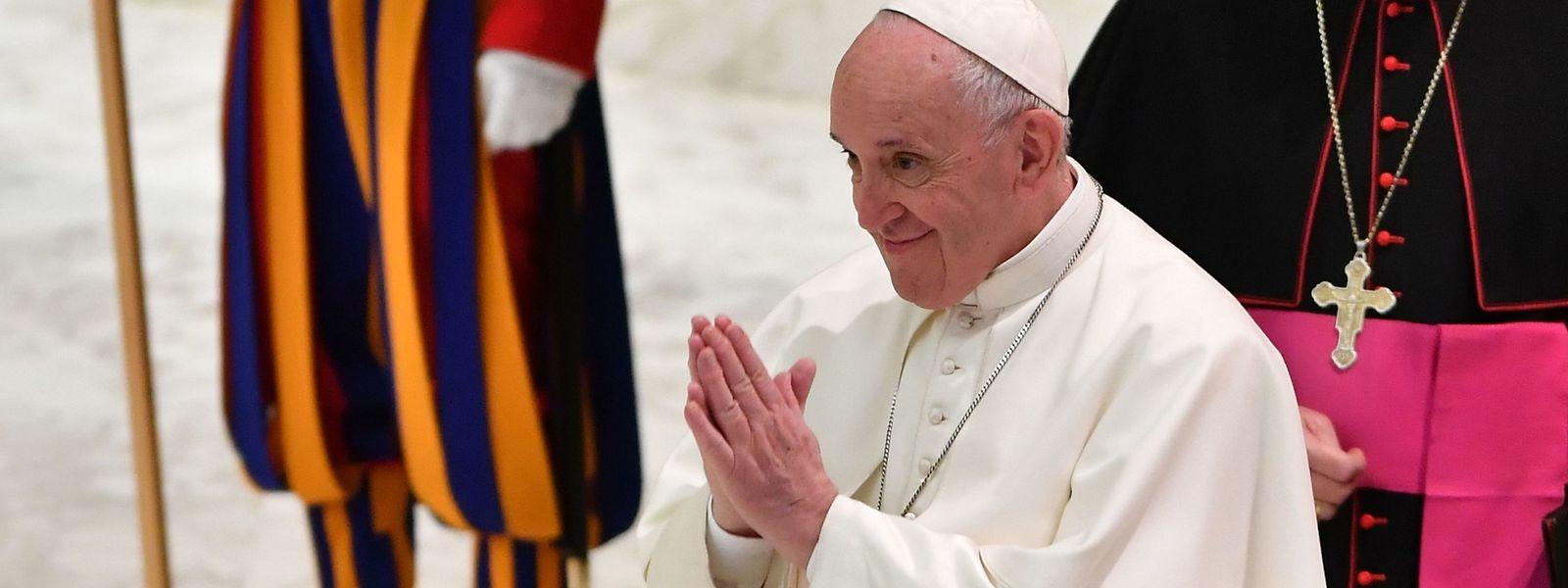 Le texte publié vendredi par le pape François prévoit notamment un contrôle de la sélection du personnel appelé à travailler avec des mineurs et des personnes vulnérables.