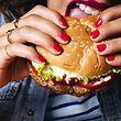 Der vegane Burger von Impossible Foods soll wie ein echter Burger aus Fleisch - und Blut - schmecken