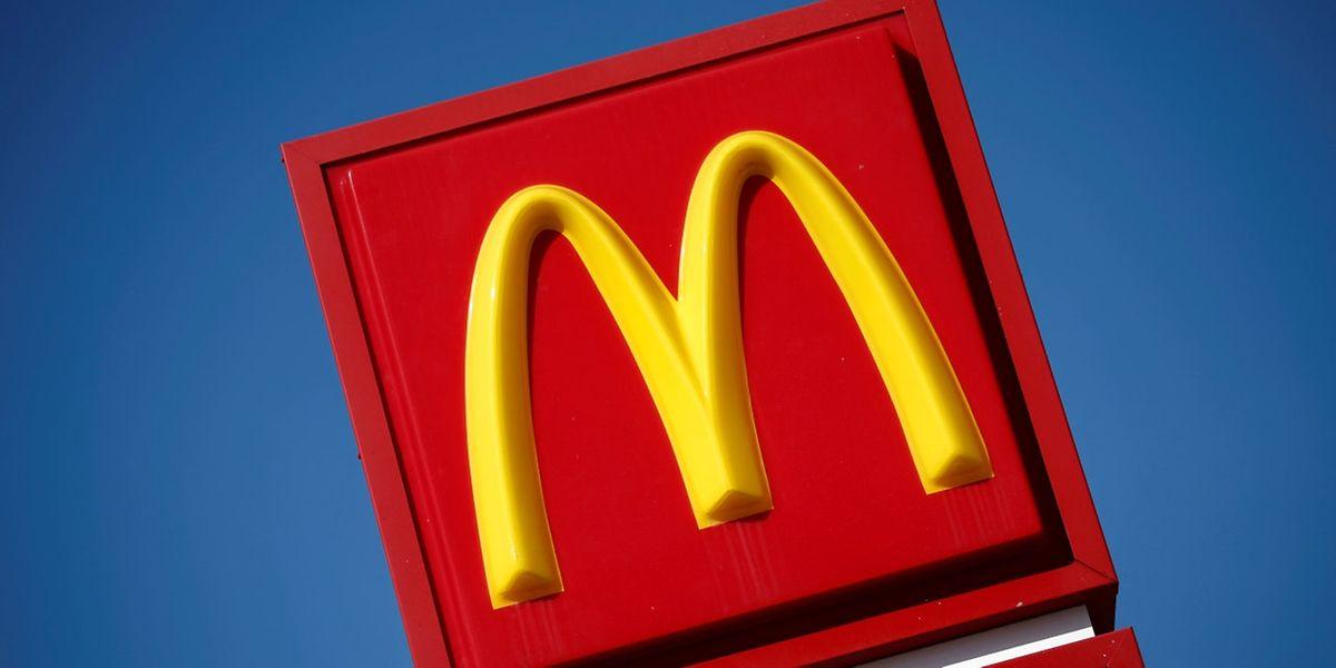 Eine Milliarde Euro an Steuern habe McDonald's zwischen 2009 und 2013 vermieden, heißt es in einer Studie von Gewerkschaften.