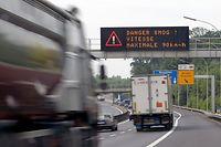29.6. Smog / Geschwindigkeitsbegrenzungen auf autobahnen foto: Guy Jallay