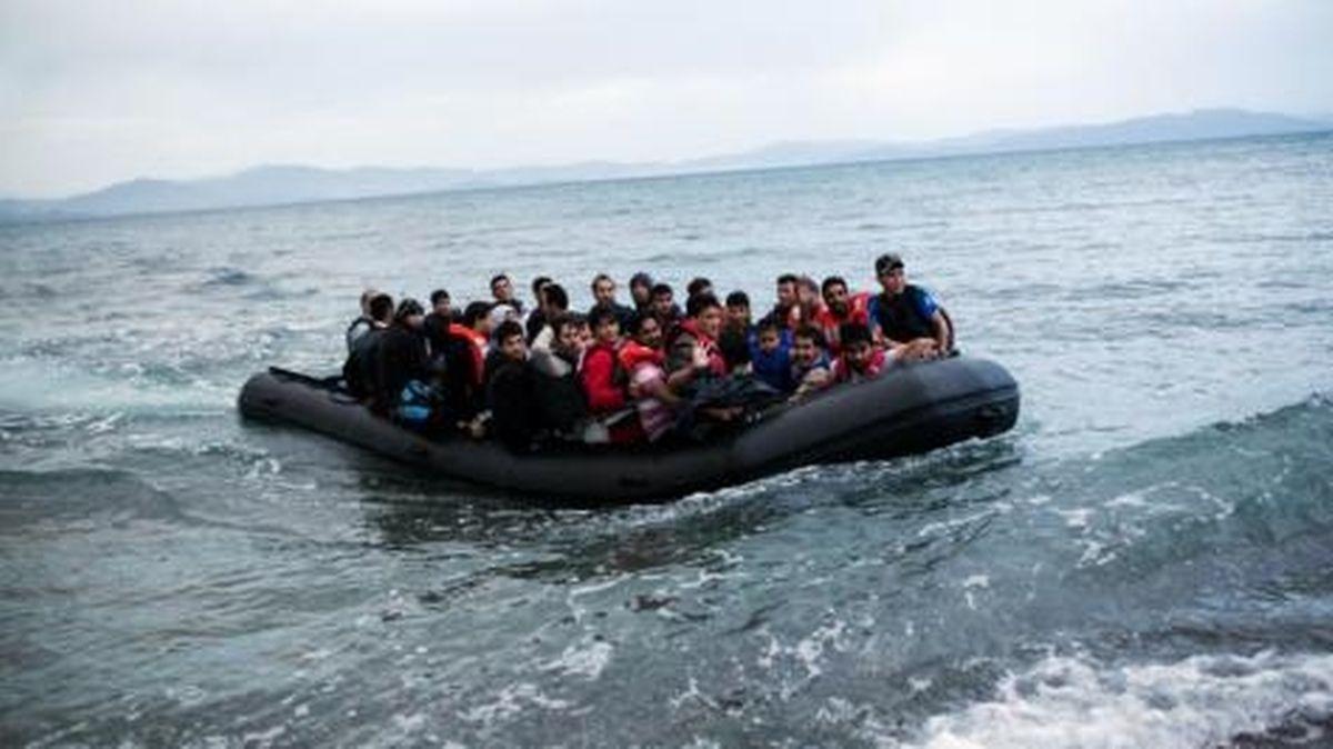 Malek a emprunté une embarcation similaire pour quitter la Turquie et rejoindre la Grèce.