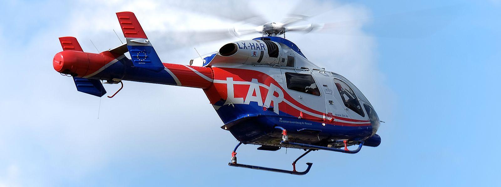 Neben einem Großaufgebot an Polizei- und Feuerwehrkräften war auch die luxemburgische Air Rescue im Einsatz.