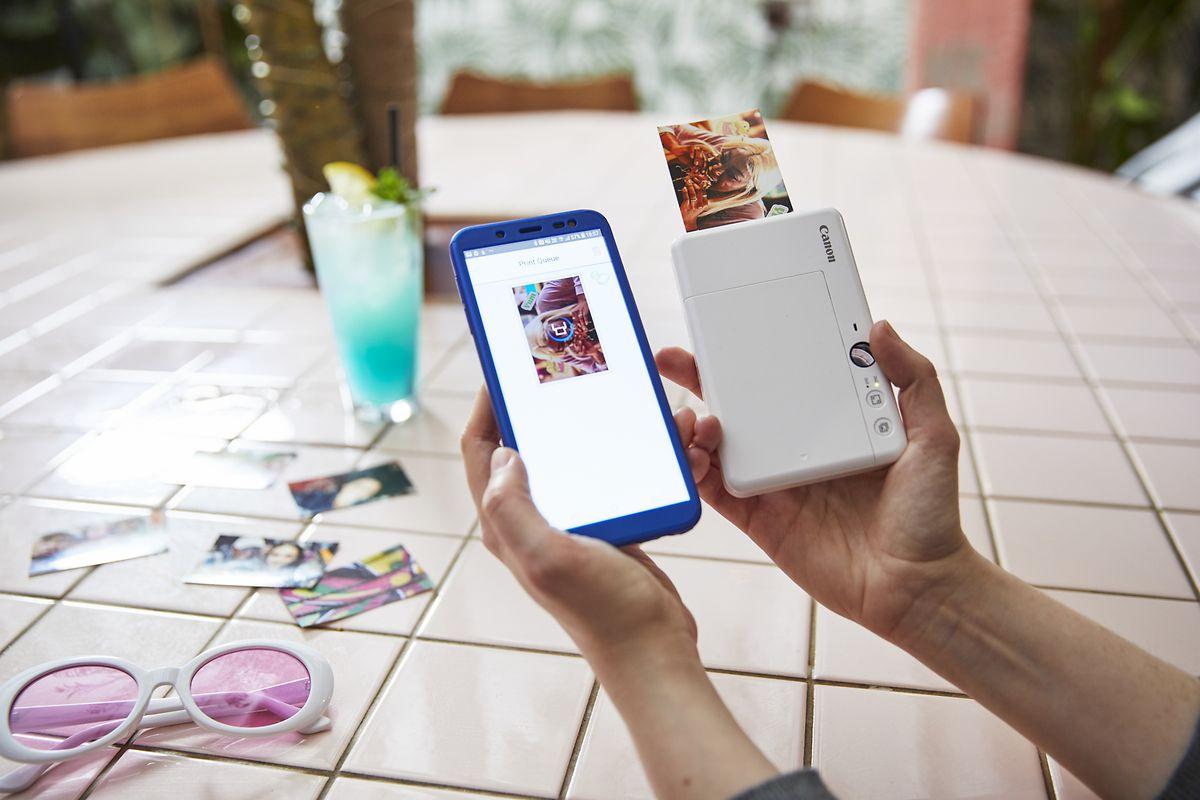 Weil die Canon Zoemini S (150 Euro) Bluetooth an Bord hat, kann sie auch als Smartphone-Drucker einspringen.
