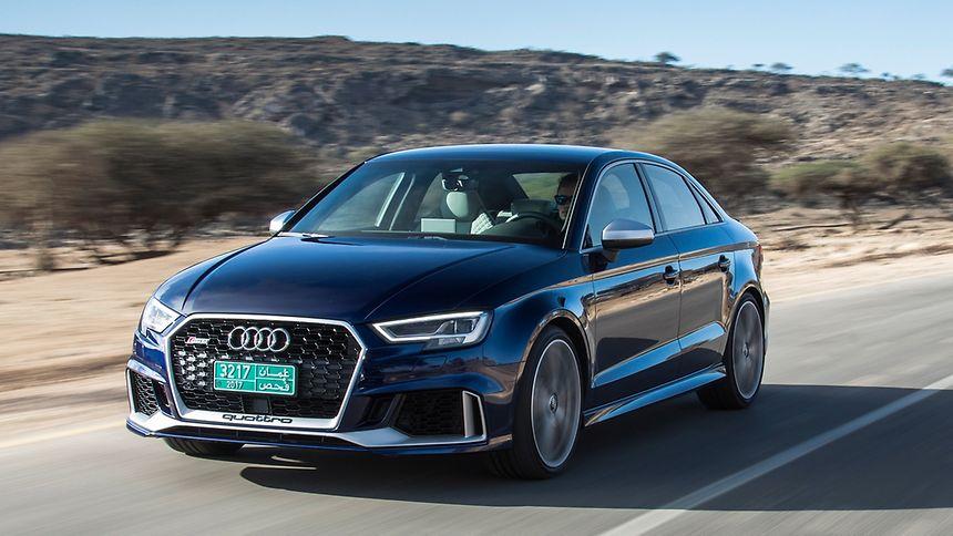 Auf einer Stufe mit dem RS 3 Sportback: Audi bietet den RS 3 neuerdings auch als Limousine an.