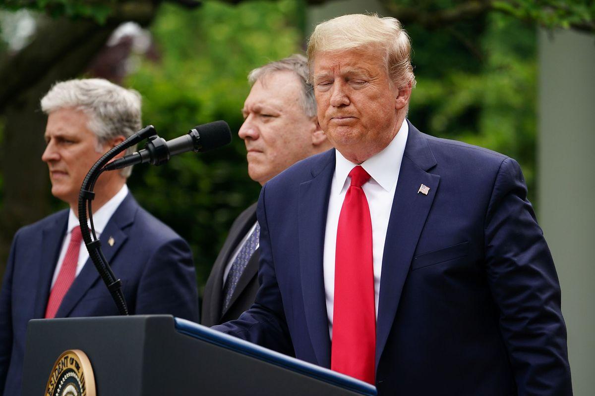 """""""China hat das Versprechen """"ein Land, zwei Systeme"""" ersetzt durch """"ein land, ein System"""""""", sagte Trump am Freitag."""