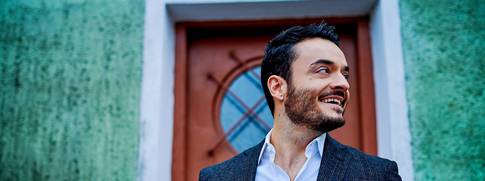 Bereits früh trat Giovanni Zarrella bei Stadtfesten, Talentwettbewerben und Geburtstagen auf, später war er Teil der Band Bro'Sis. Seit 2019 startet er wieder als Solokünstler durch.