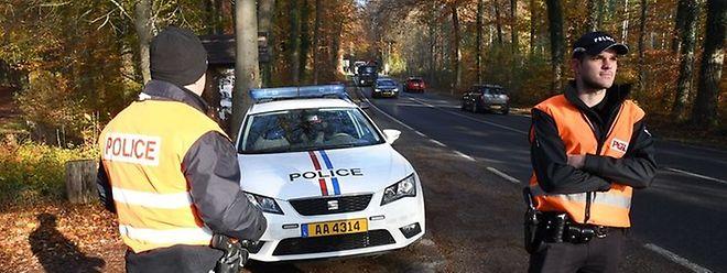 La police recherche activement les deux cambrioleurs en fuite