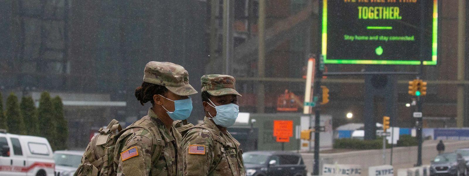 «Il est très probable» que le coronavirus aura un effet réel sur les dépenses militaires, juge Nan Tian, chercheur au Sipri.