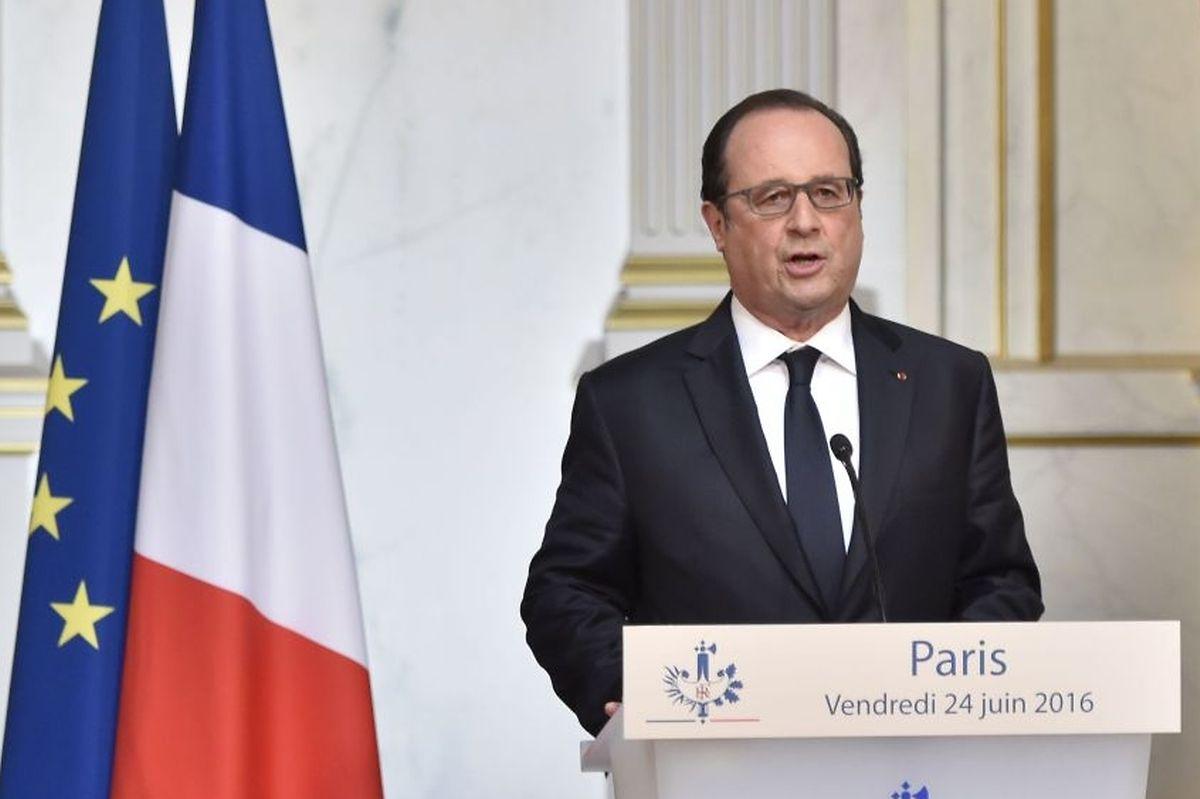 """Francois Hollande spricht von einem """"schweren Test für Europa""""."""