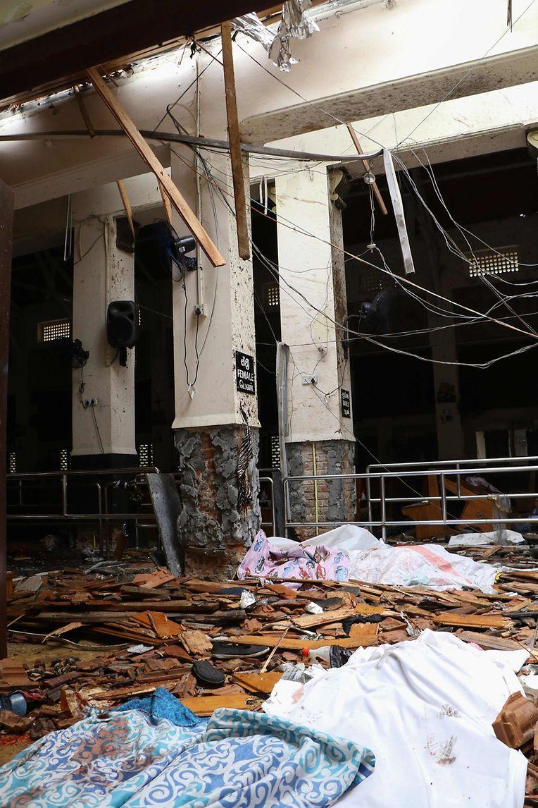 Explosion in einer Kirche.