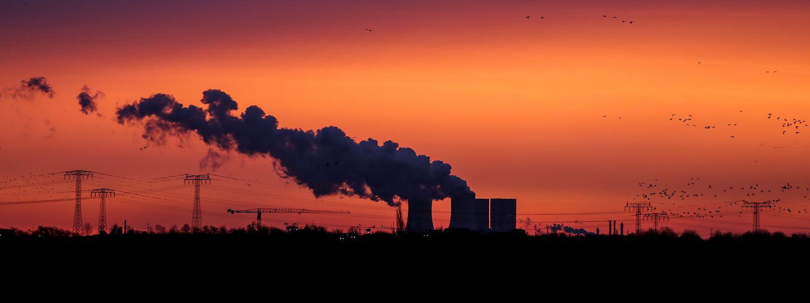 Der Streit über das neue Klimaziel für 2030 beschäftigt am Freitag die EU-Umweltminister in Luxemburg.