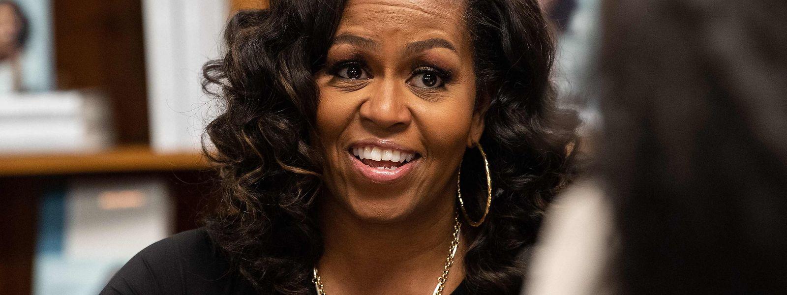 """Die Wechseljahre überwältigten Michelle Obama auf einem Flug mit dem Präsidentenhelikopter """"Marine One""""."""