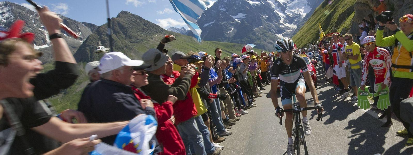 Ekstase am Col du Galibier: Andy Schleck auf der Zielgeraden.