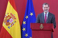 ARCHIV - 03.03.2020, Spanien, Madrid: Felipe VI., König von Spanien, nimmt an einer Veranstaltung zur Anerkennung spanischer Unternehmen in Madrid teil. Das harte Durchgreifen des spanischen Königs Felipe VI. in Zusammenhang mit der neuen Finanzaffäre um seinen Vater Juan Carlos hat dem 52-Jährigen im ganzen Land viel Lob eingebracht. (zu dpa «Viel Lob für Spaniens König Felipe nach Bruch mit seinem Vater») Foto: José Oliva/Europapress/dpa +++ dpa-Bildfunk +++