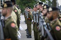 Dévoilement d'une plaque commémorative en mémoire des personnels de l'armée décédés dans l'exécution du service  - Foto: Pierre Matgé/Luxemburger Wort
