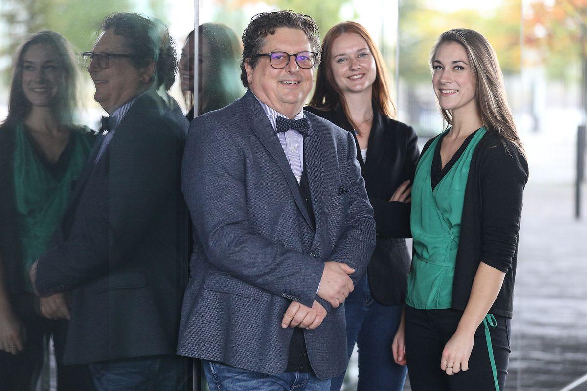 Preisträger Carlo Hansen und Natalia Siloutova; Lara Peiffer (anwesend für Sousana Eang).