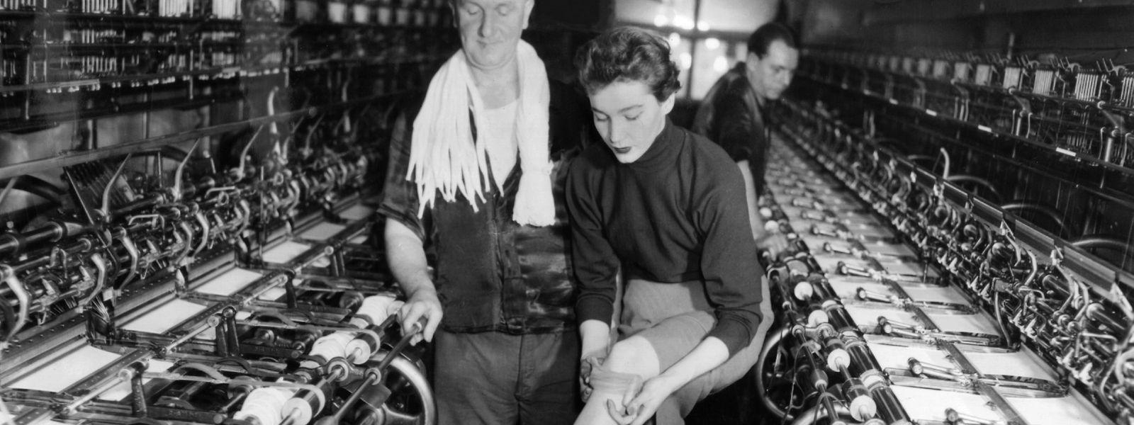 Während die amerikanische Firma DuPont auf der Weltausstellung 1939 in New York ihre neueste Innovation - Nylon - präsentierte, wurde bei der IG Farben in Deutschland eine nahezu identische Faser - Perlon - entwickelt.
