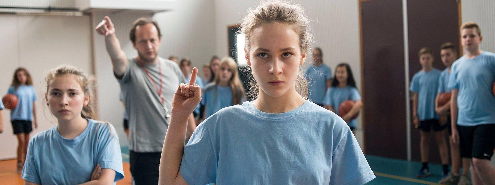 """""""Fight Girl"""" erzählt die Geschichte der zwölfjährigen Bo, die nach der Scheidung ihrer Eltern in einen Amsterdamer Kickboxclub ihr Selbstvertrauen stärkt."""
