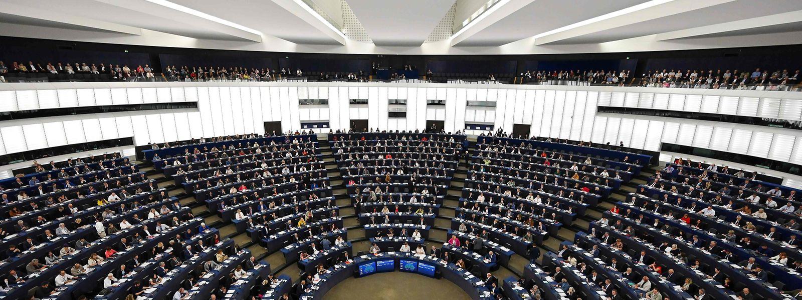 Das EU-Parlament müsste viel objektiver über EU-Kommissare urteilen.