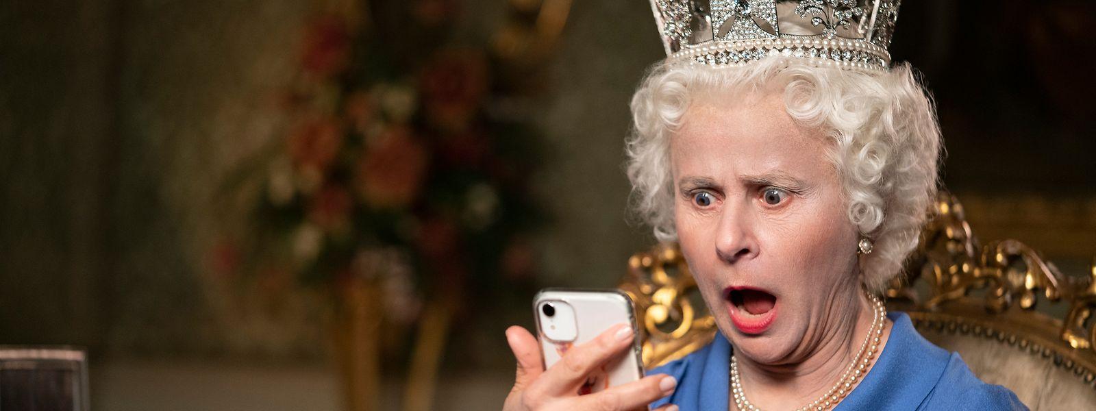 Même la Queen (Tracey Ullman) n'en croit pas ses yeux.