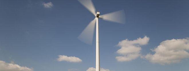 Obwohl die Idee eines Windparks in Rümelingen an Auflagen gescheitert ist, sieht man auf französischer Seite kein Problem, in unmittelbarer Nähe Windräder zu errichten. Bald soll hier mit dem Errichten von acht Windrädern begonnen werden.