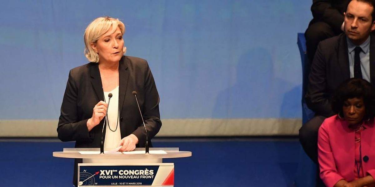 Die zuletzt angeschlagene Marine Le Pen bekommt Rückenwind durch ihre Partei.