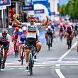 Pascal Ackermann (D/Bora) siegt vor Elia Viviani (I/Deceuninck), Caleb Ewan (AUS/Lotto) und Fernando Gaviria (COL/Emirates) - Giro d'Italia 2019 - 2. Etappe - Bologna/Fucecchio 205km - Foto: Serge Waldbillig