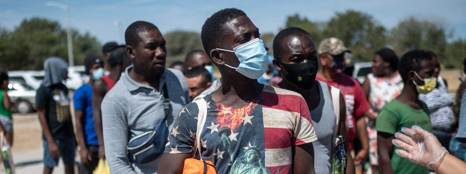 Migrantes do Haiti
