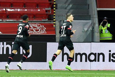 Leverkusen ringt Dortmund nieder