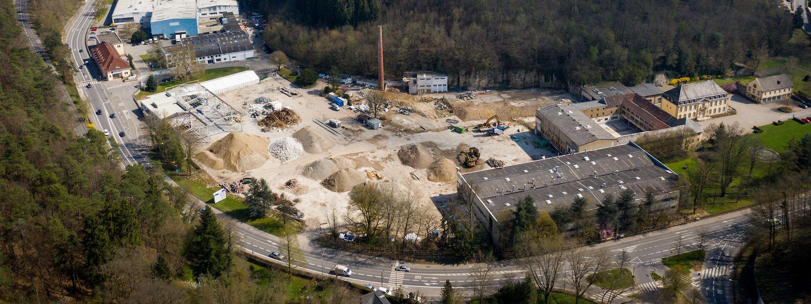 Das jetzt verkaufte Grundstück stößt an Schloss Septfontaines (rechts im Bild).