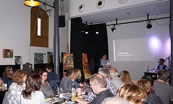 Liesung mam Lyriker  Tom Weber den 28  Abrëll am Kulturcafé zu Gréiwemaacher.