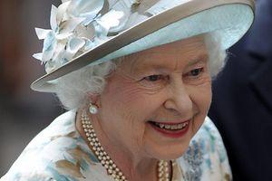 Königin Elizabeth II. fuhr früher einen Daimler.