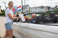 """Lokales,Verteilung vun 7000 Geschenkbox """"Lëtzpack"""" im Vorfeld von Nationalfeiertag in der Gemeinde Käerjeng.Foto: Gerry Huberty/Luxemburger Wort"""