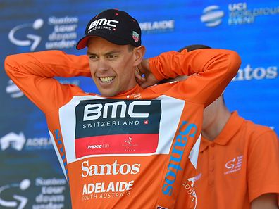 Richie Porte vom Team BMC durfte sich nach dem Rennen über das Leadertrikot freuen.