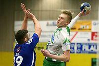 03 Handball Nationaldivision Spielzeit 2017-18 M-PO-T zwischen dem HC Berchem und dem HB Dudelingen am 10.03.2018 Ariel PIETRASIK (9 HCB) gegen Josip ILIC (19 HBD)