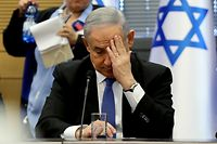 Israeli Prime Minister Benjamin Netanyahu gestures as he speaks during a meeting of the right-wing bloc at the Knesset (Israeli parliament) in Jerusalem on November 20, 2019. (Photo by GALI TIBBON / AFP)