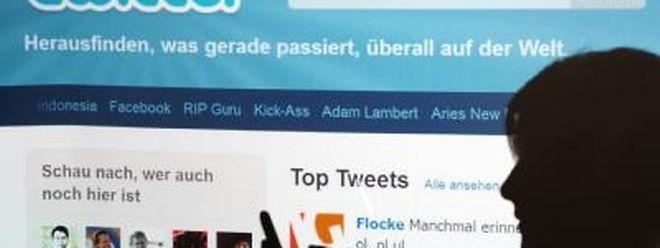 """Der Kurzmeldungsdienst Twitter hat sich die Rechte am Wort """"Tweet"""" gesichert. Archivfoto: Armin Weigel"""